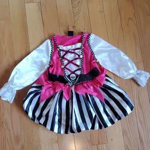 Little girl pirate costume